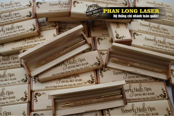 Khắc laser lên bút gỗ, viết gỗ tại TPHCM, Đà Nẵng, Hà Nội, Cần Thơ