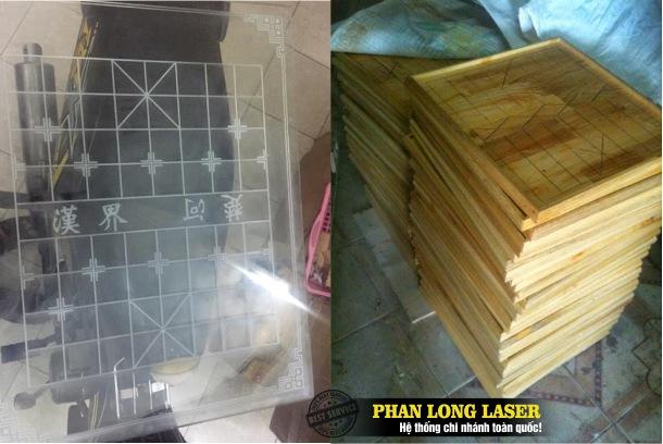 Địa chỉ khắc laser lên bàn cờ nhựa, bàn cờ mica, bàn cờ gỗ, bàn cờ kim loại theo mọi yêu cầu giá rẻ